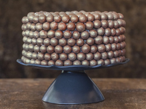 Sparkling Malted Milk Ball Chocolate Cake